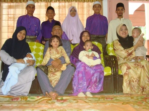 potret keluarga di eidul fitri